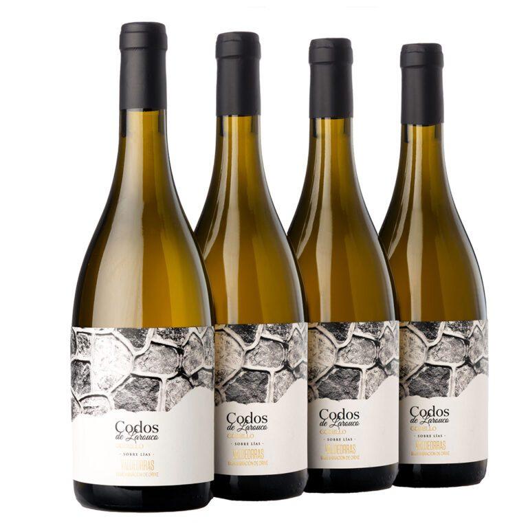 fotografía 4 botellas Costeira Codos de Larouco Godello