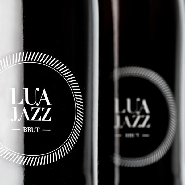 fotografía detalle etiqueta Costeira Lúa Jazz Brut